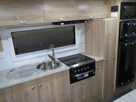 2019 Avan Aspire 564 HT AD PACK EXT Kitchen N1549