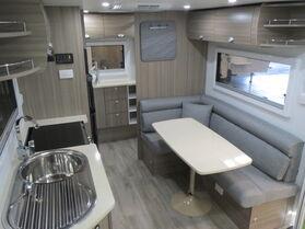 2020 Avan Aspire 555 HT Touring N1675