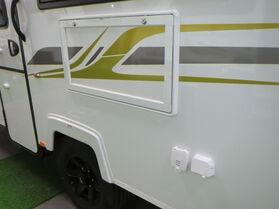Avan Aspire 555 Full En suite Pop top Touring N1615